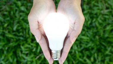 Comment fonctionne une ampoule LED?